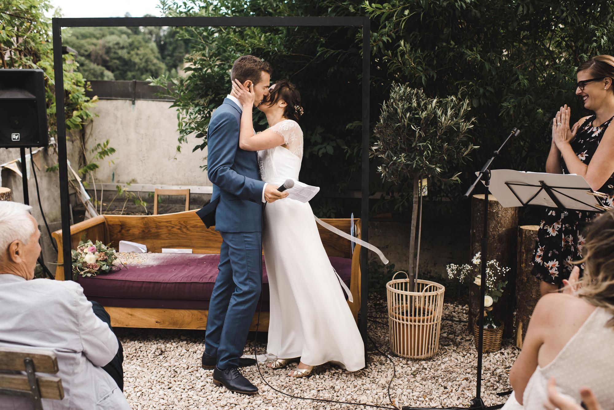 Baiser, mariage, cérémonie, fribourg