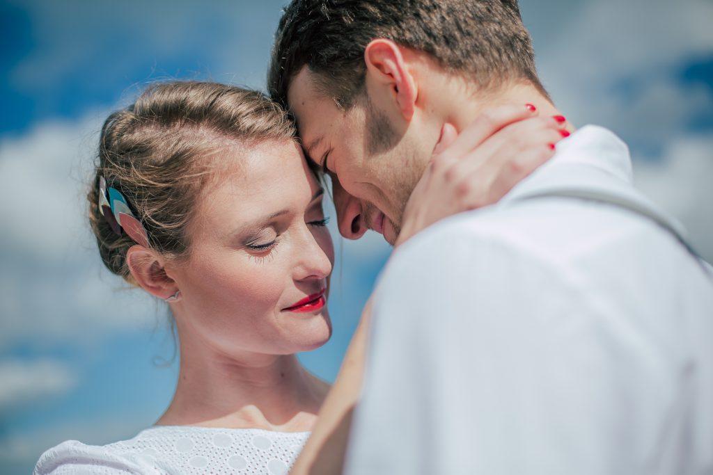 Photo de couple, shooting inspiration mariage, mariage sauvage, mariage nature