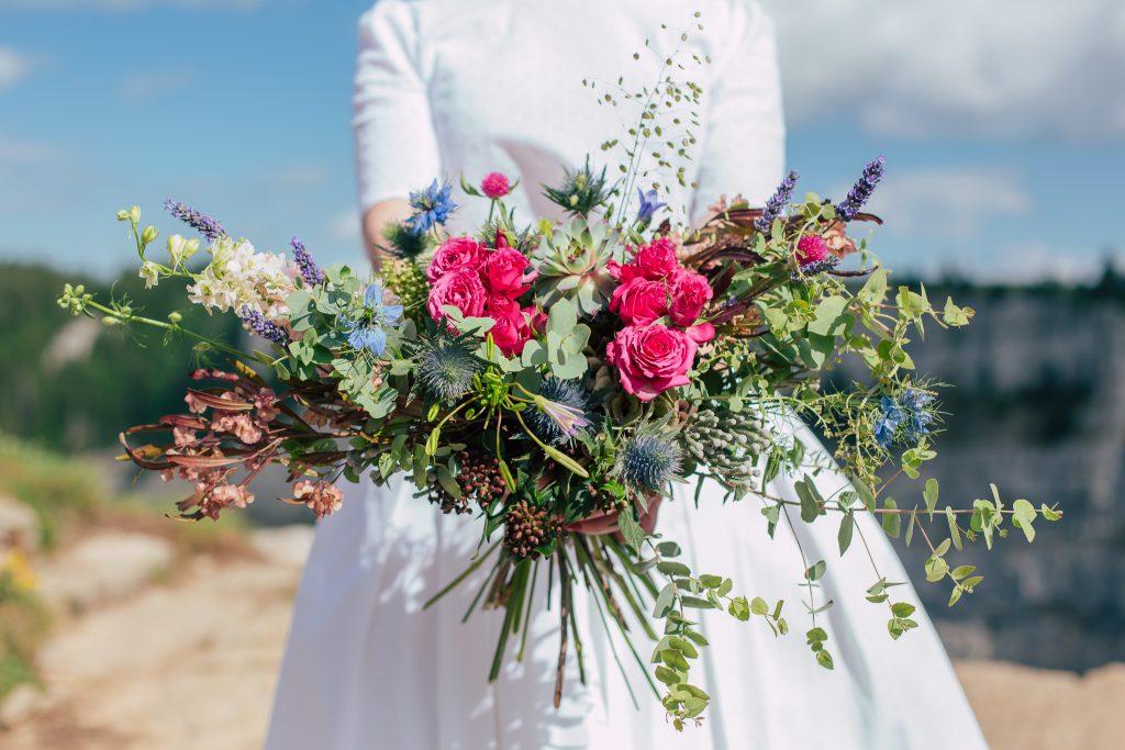 shooting mariage nature, shooting inspiration mariage, mariage sauvage, mariage nature, bouquet de la mariée