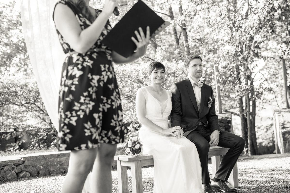 Cérémonie laique, Tania Kohler, mariage en gruyère, cérémonie extérieur, mariage nature