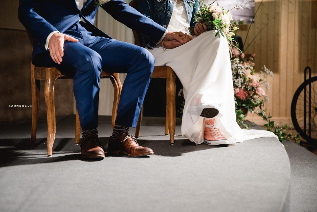 cérémonie laique jura bernois, mariage jura bernois, cérémonie grange, cérémonie personnalisée, mariage non-religieux, bleu je te veux