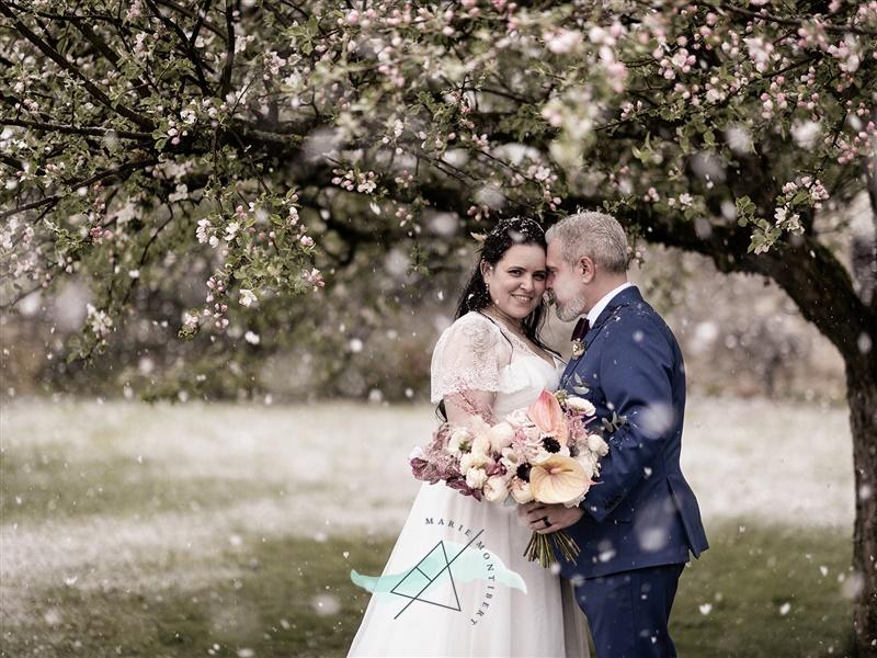 Cérémonie mariage, mariage Fribourg, mariage Suisse, cérémonie d'amour, cérémonie sur-mesure, wedding switzerland, mariage château, mariage alternatif